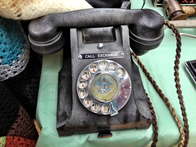 Another vintage telephone
